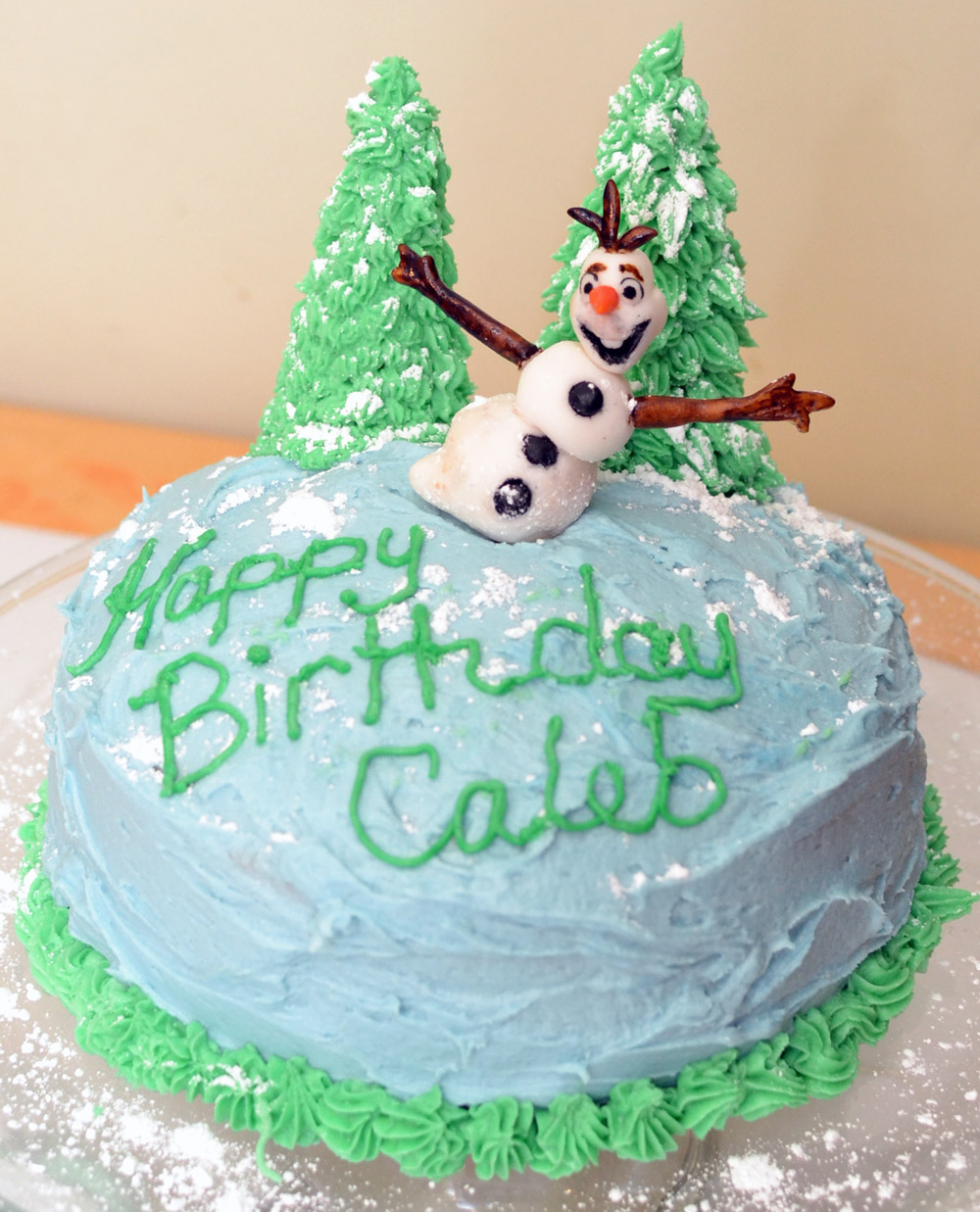 Can You Ice A Frozen Cake